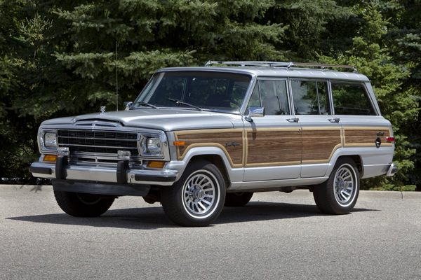 -and-the-majestic-amc-jeep-wagoneer-which-with-very-few-mech