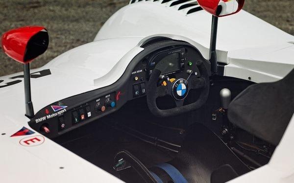 bmw-v12-lmr-interior-cockpit