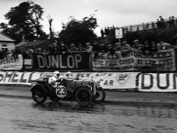 by-the-early-1920s-enzo-landed-a-job-at-alfa-romeo-as-a-race-car-driver-fellow-drivers-at-the-company-included-legendary-aces-like-tazio-nuvolari-seen-here-in-an-alfa