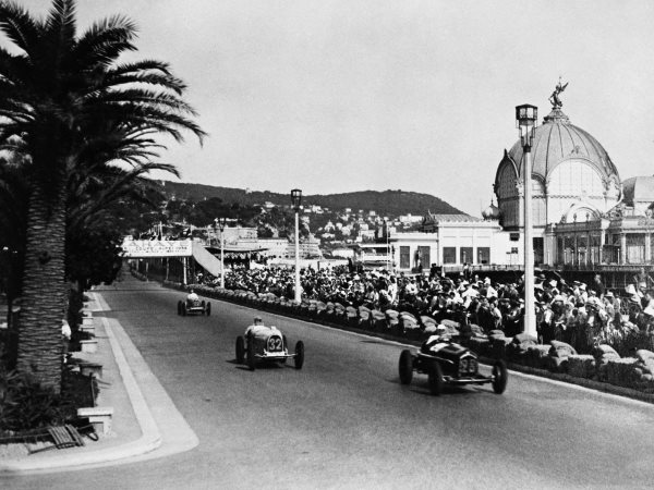 in-1929-enzo-launched-scuderia-ferrari-or-team-ferrari-there-was-no-car-company-yet--scuderia-consisted-of-a-group-of-drivers-who-raced-the-cars-they-owned