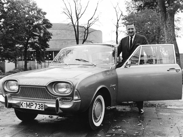 in-1963-ford-ceo-henry-ford-ii-jumped-at-the-opportunity-to-buy-ferraris-road-car-business-the-deal-failed-after-enzo-found-out-that-ferrari-would-have-to-ask-ford-for-money-from-detroit-to-go-racing