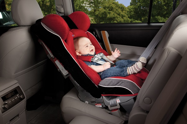 rear-facing-child-car-seat