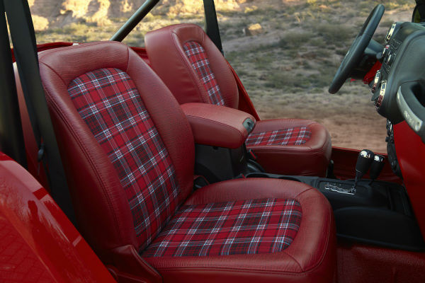 the-plaid-seat-inserts-are-also-a-great-1950s-throwback-w600-h600