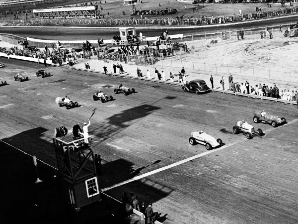 the-team-raced-mostly-alfa-romeo-cars-by-1933-scuderia-ferrari-had-essentially-become-alfas-racing-division