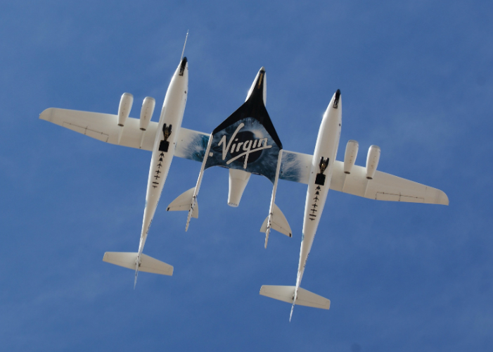 white_knight_two_and_spaceshiptwo_from_directly_below-w700