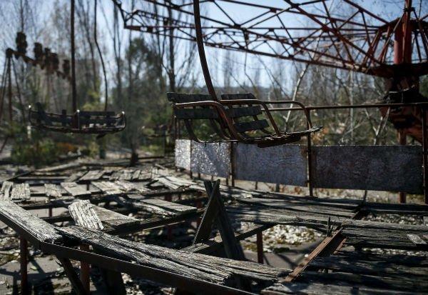 از نظر زیان های مالی، حادثه چرنوبیل بدترین فاجعه نیروگاه های هسته ای در جهان به شمار می رود به طوری که اتحاد شوروی سابق 18 میلیارد دلار برای انجام عملیات امحاء نتایج آن هزینه نموده و موجب ورشکستگی خود شد.