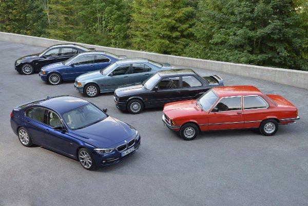 در سال 1975 میلادی این شرکت سری 3 را معرفی کرد و در مدت 41 سال از آن زمان تاکنون و عرضه 5 نسل مختلف از این ماشین هنوز هم که هنوز است این خودرو تغییرات اندکی را به خود دیده و صرفا لوکس تر شده و تایرهایش اسپورت شده اند.