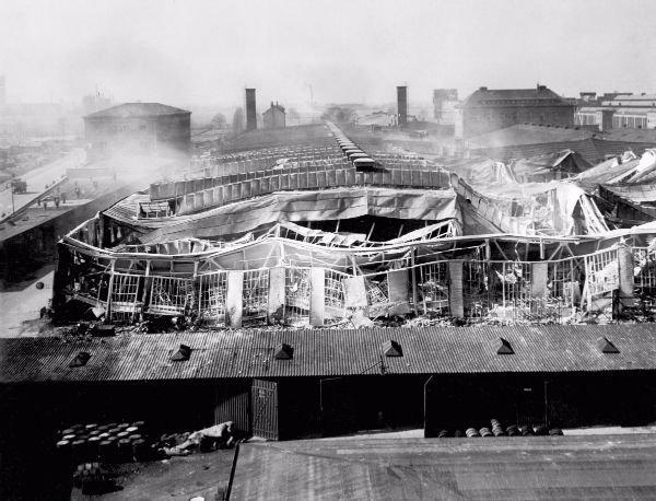 بعد از پیروزی نیروهای ائتلاف، کارخانه BMW نیز به ویرانه ای بدل گردید و مدیران این شرکتیک دهه پس از جنگ را صرف بازسازی آن کردند.