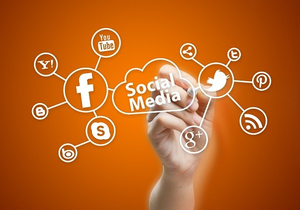 Looking-for-a-Hot-Job-Social-Media-Marketing-is-All-the-Rage