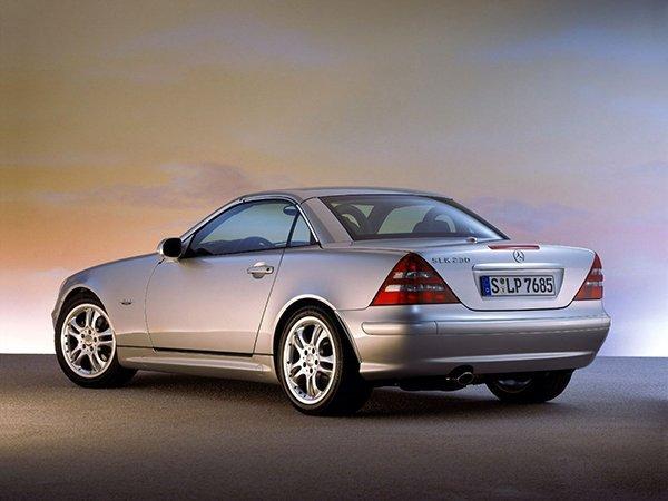 Mercedes-SLK-Class-032