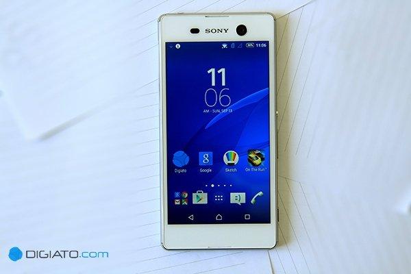 تصویری از تلفن هوشمند اکسپریا M5
