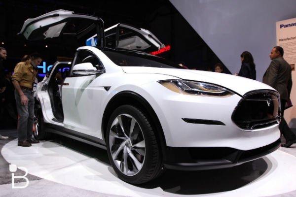 Tesla-Model-X-CES-2015-21-1280x853-w600