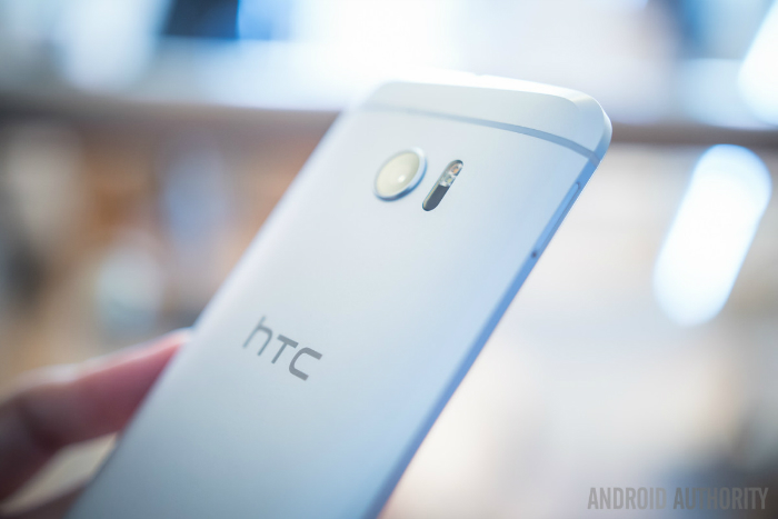 htc-10-first-look-aa-11-of-19-1200x800-w700