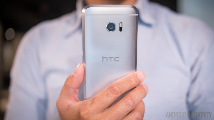 htc-10-first-look-aa-5-of-19-1340x754-w700
