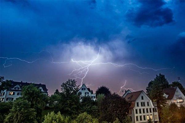 lightning-myths-7