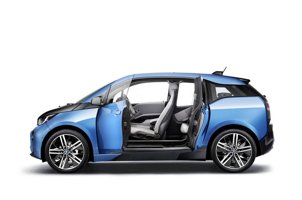 2017-BMW-i3-Doors-Open