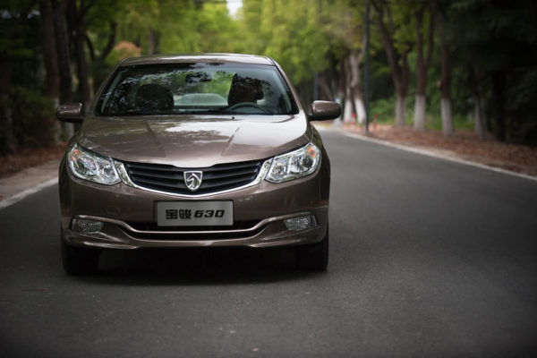 2011-Brown-Baojun-630-Front-View-Drive-Test-on-The-Road
