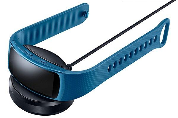 Samsung-Gear-Fit-2-AH-4-1600x1067