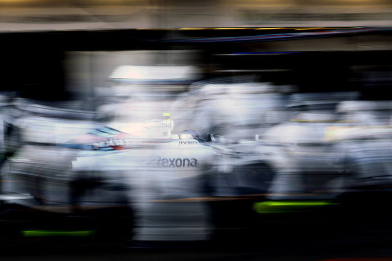 f1-european-gp-2016-valtteri-bottas-williams-fw38-comes-in-for-a-pit-stop