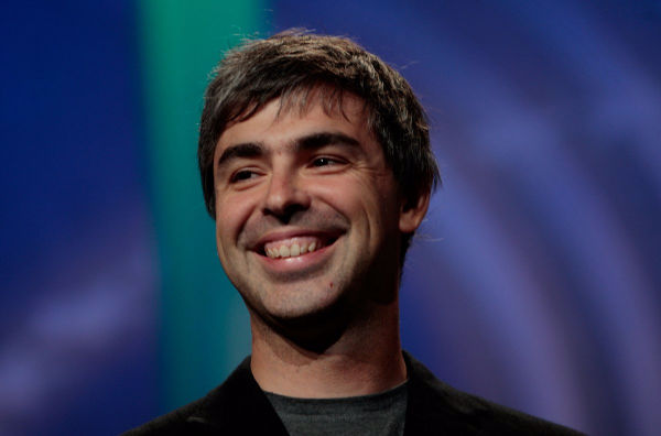 در سال 2012 میلادی و بعد از آنکه مشخص شد aQuantive نمی تواند مایکروسافت را به یکی از بزرگان عرصه سرچ بدل کند، اعلام شد که خرید این شرکت زیانی در حدود 6.2 میلیارد دلار را بر پیکره آنوارد کرده است.