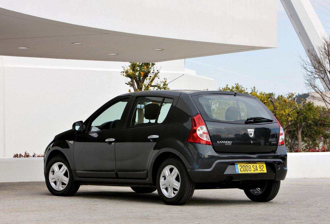 Dacia-Sandero-2009-1280-11