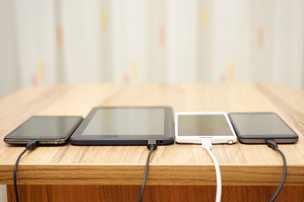 Electronics-Charging-Phone-Tablet-Charger