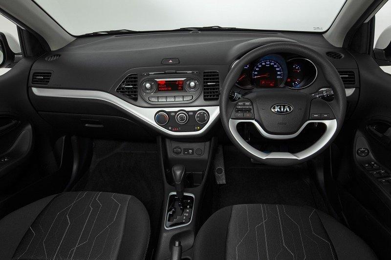 2016 Kia Picanto interior.