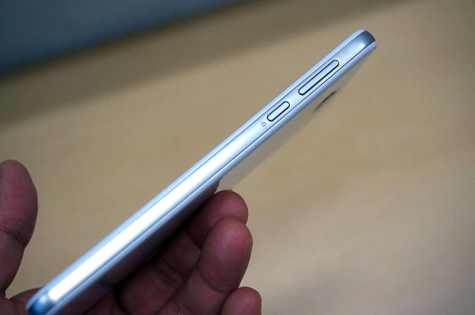 Sharp-507SH4