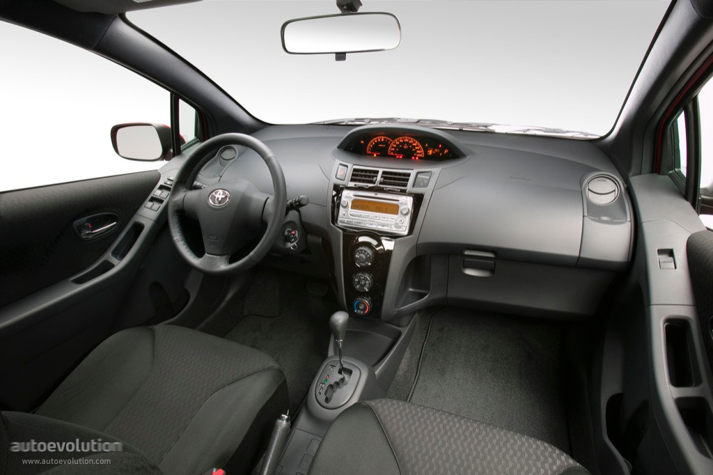 2008 Toyota Yaris Hatchback, RS