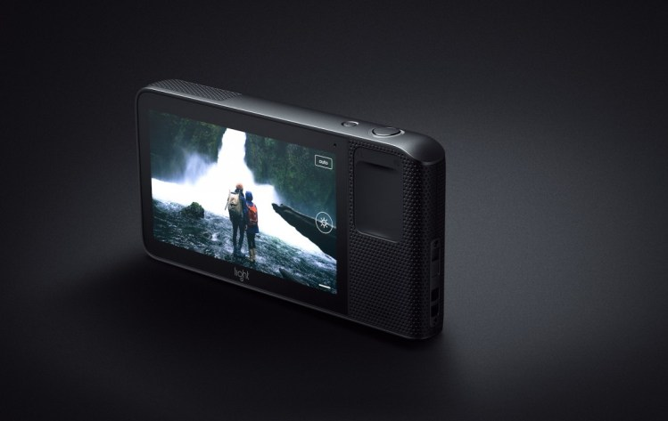 دوربین L16 از کمپانی Light