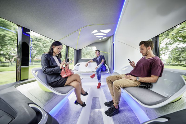 mercedes_benz_driverless_bus_0