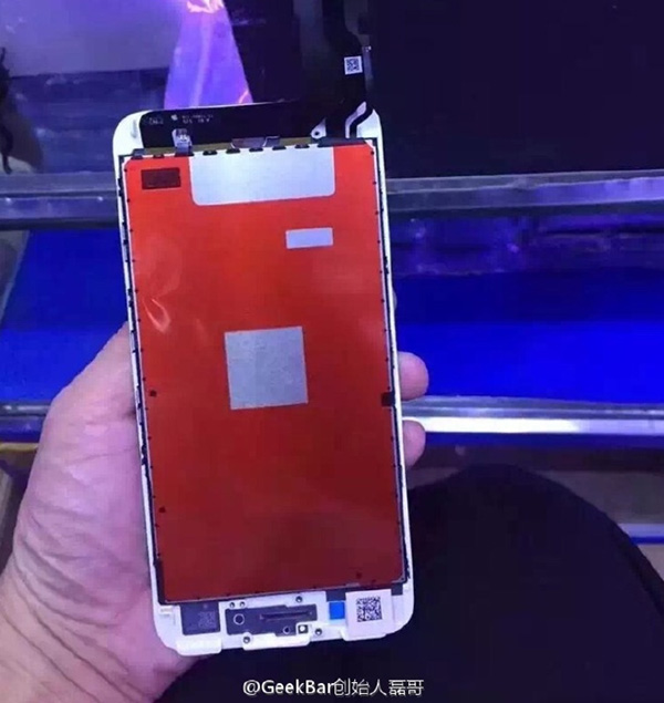 Assembled-front-panel-for-the-Apple-iPhone-7-appears-to-confirm-capacitive-touch-home-button.jpg copy