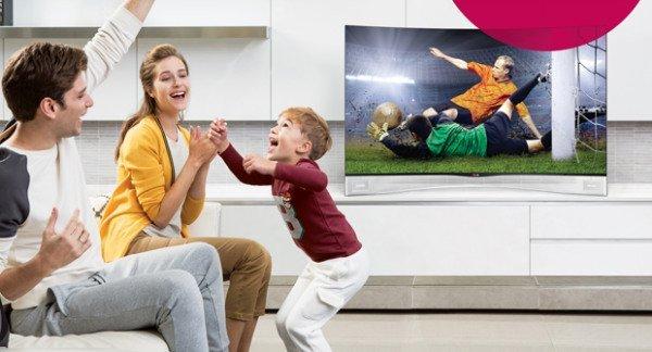 LG-OLED-TV-lifestyle-shot-w600