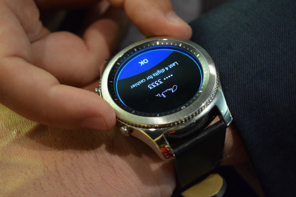 hands-on-samsung-gear-s3-classic-and-gear-s3-frontier-2