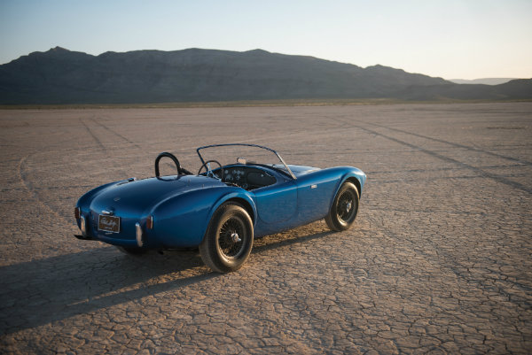 most-expensive-american-car-ever-sold-at-auction-is-carroll-shelbys-cobra_2