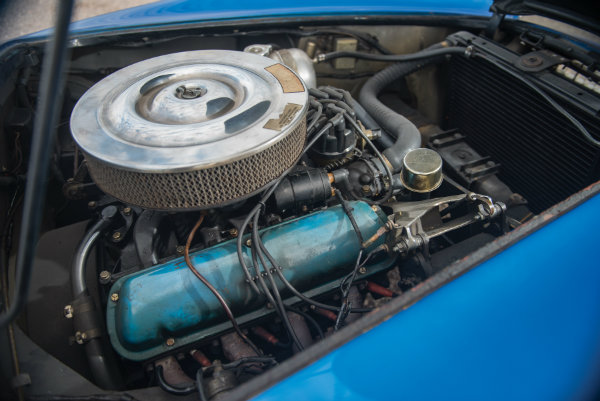 most-expensive-american-car-ever-sold-at-auction-is-carroll-shelbys-cobra_9