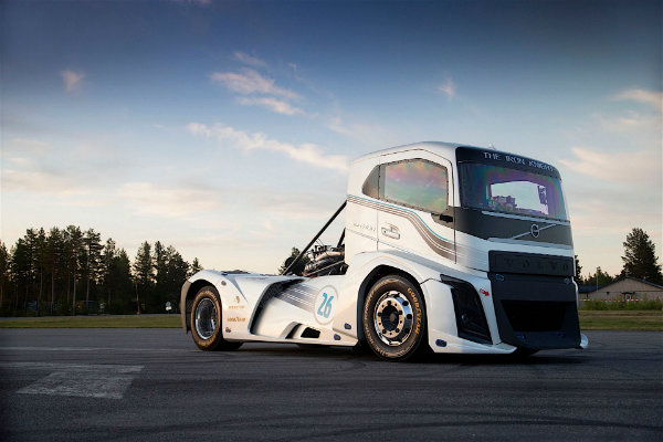 volvo-trac-from-the-dacs-record_4