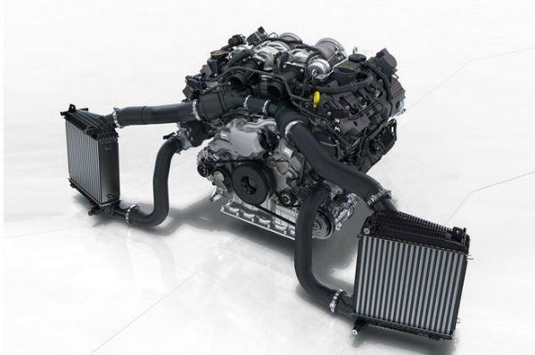 2017-Porsche-Panamera-twin-turbo-engine-4-w600-h600
