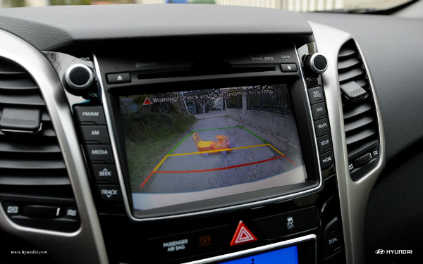2017-hyundai-elantra-gt-int-41-navigation-rearview-camera