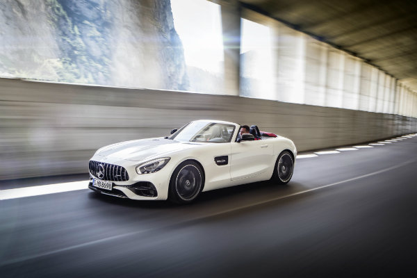 double-trouble-mercedes-introduces-gt-roadster-gt-c-roadster_22
