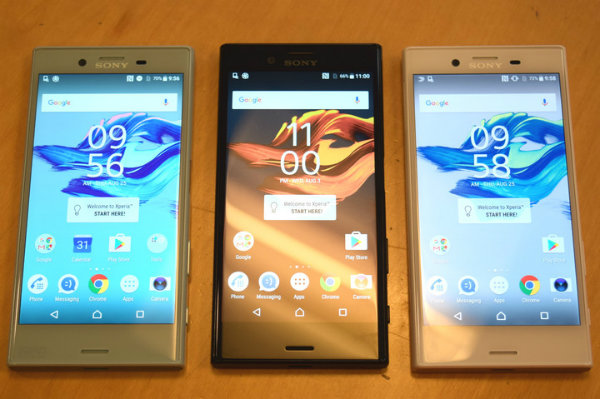 sony-xperia-x-compact-with-other-xperias-720x720-w600