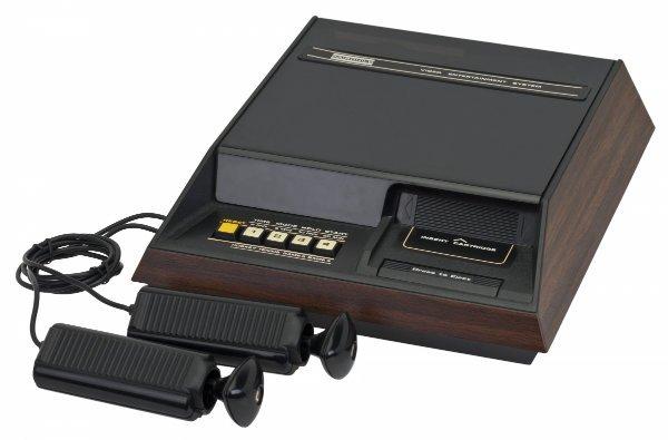 the-fairchild-channel-f-1976.jpg-w600