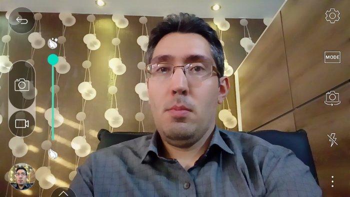 14-XCAM-selfie-interface