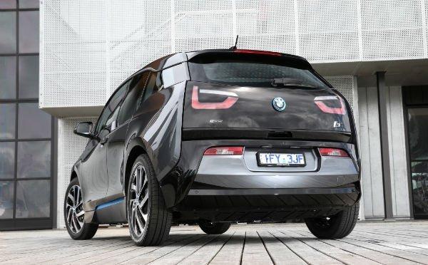 2017-BMW-i3-94Ah-9-w600-h600