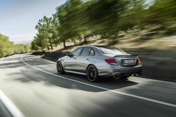 2017-Mercedes-AMG-E63-S-15-w600-h600