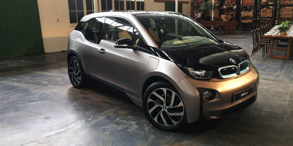 2017_bmw_i3_94ah_review-w600-h600