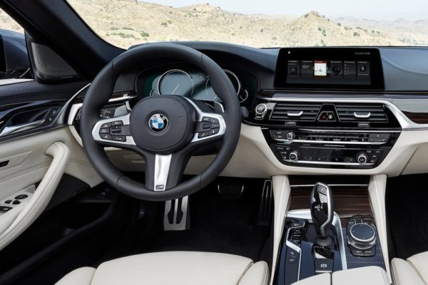 BMW 5-11