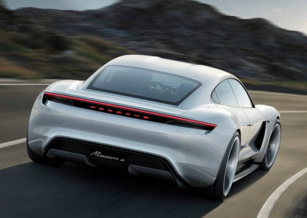 Porsche-Mission_E_Concept_2015_wallpaper_05
