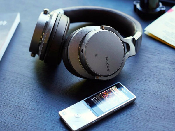 the-sony-mdr-1abt-are-a-superlatively-comfortable-pair-that-tick-all-the-necessary-boxes-with-aplomb-w600