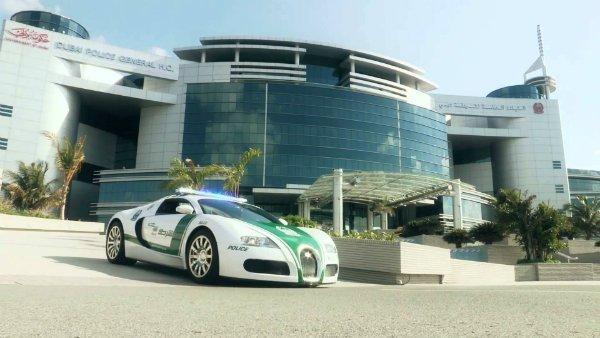 06-Real-Dubai-Police-Car-Credit-Dubai-Police